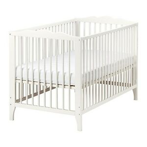 Ikea Baby Crib with Mattress (excellent condition)