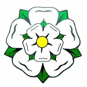 YORKSHIRE/ ENGLAND WHITE ROSE ENAMEL LAPEL PIN BADGE - Darts/ Cricket/ Rugby