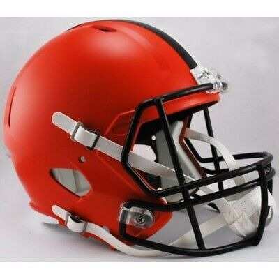 CLEVELAND BROWNS - Riddell Full Size SPEED Replica (Cleveland Browns Helmet)