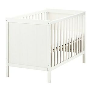 Ikea Sundvik crib with Vyssa Vinka mattress