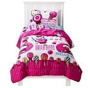 Hello Kitty Comforter Set