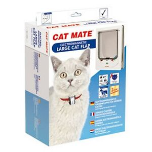 chatiere porte pour grand chat cat mate electromagnetic blanc ebay. Black Bedroom Furniture Sets. Home Design Ideas