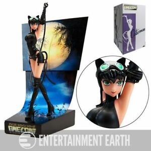 AMECOM CATWOMAN PREMIUM MOTION STATUE MINT CONDITION BATMAN HOT