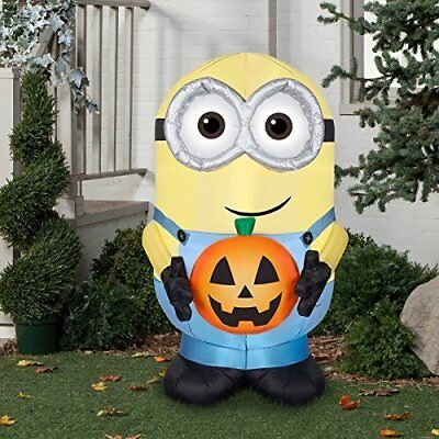 Dave Halloween (Minion Dave Holding Pumpkin Airblown Inflatable Halloween Yard Decor )