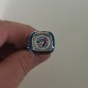 Looking to buy Molson Coors Light Toronto Blue Jays ring.