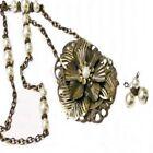 Glass Alloy Flowers Plants Fashion Necklaces & Pendants