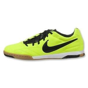 newest f4ddb 6329a Nike T90  Soccer   eBay