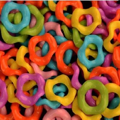 200 1/2''  PLASTIC WIGGLE RINGS - 1/4'' HOLE BIRD TOYS PARTS