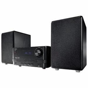 Insignia Mini CD HiFi System with Bluetooth sound system New in
