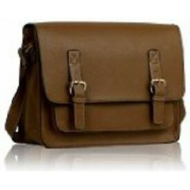 Oak Double Buckle Messenger Bag