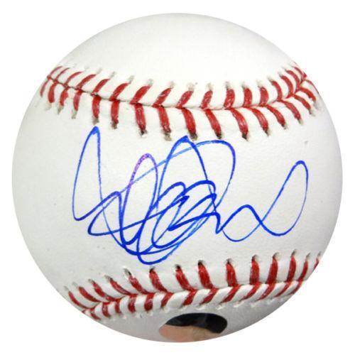 Ichiro Suzuki Autographed Baseball