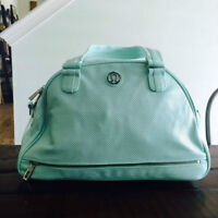 Looking for a Lululemon Retro Groove bag mint/aqua or Flow to Om