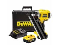 DeWalt DCN692P2 Cordless Two Speed Framing Nailer 18 Volt 2 x 5.0Ah Li-Ion