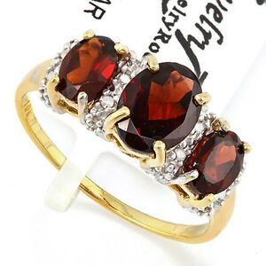 New Ladies Diamond and Garnet RIng