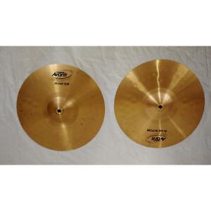 Symbales Hi hat cymbals