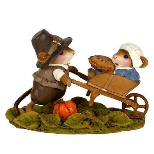 Wee Forest Folk PILGRIM PICKUP,  WFF# M-679, Thanksgiving Pilgrim Mouse 2019