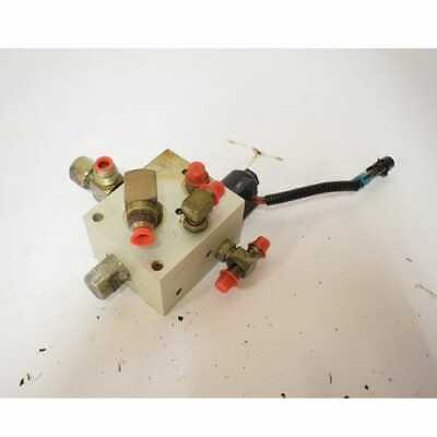Used Hydraulic Control Valve - Tilt Lock Compatible With Bobcat 763 753 773 873