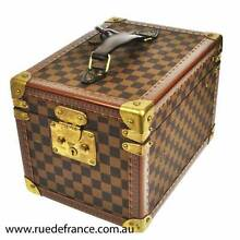 AUTHENTIC LOUIS VUITTON VINTAGE SUITCASES - TRAVEL BAGS - TRUNKS Botany Botany Bay Area Preview