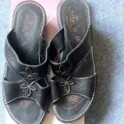 Flyflot Sandals