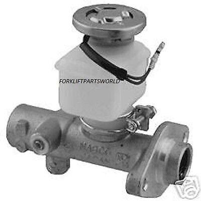 New Nissan Forklift Master Cylinder - Parts 010