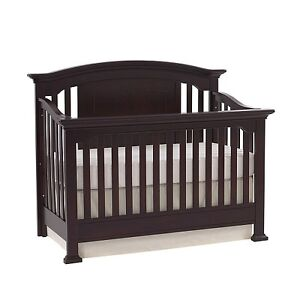 Baby Crib - Cache Windsor Lifetime  Espresso