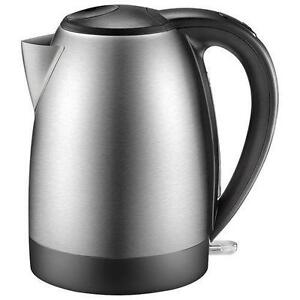 Insignia Electric Kettle - 1.7L - Stainless Steel- !!!
