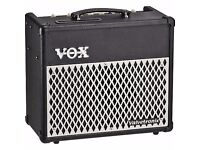 VOX VALVETRONIX VT15 AMPLIFIER - EXCELLENT CONDITION