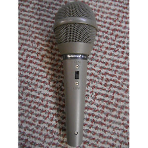 microphone Electro voice 658L