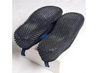 Unisex Water Aqua Beach Shoes - Adult Size 8 - £5