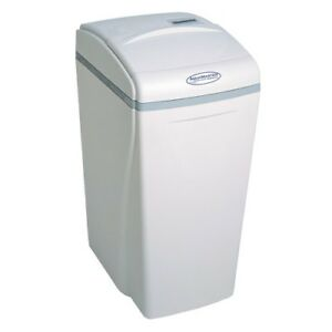 AquaMaster AMS700 Water Softener System