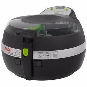 Friteuse Actifry Plus Edition 2.6lb GH806250 T-FAL - Noir - T-FAL GH806250 Actifry Plus Edition 2.6lb - Black - BESTCOST
