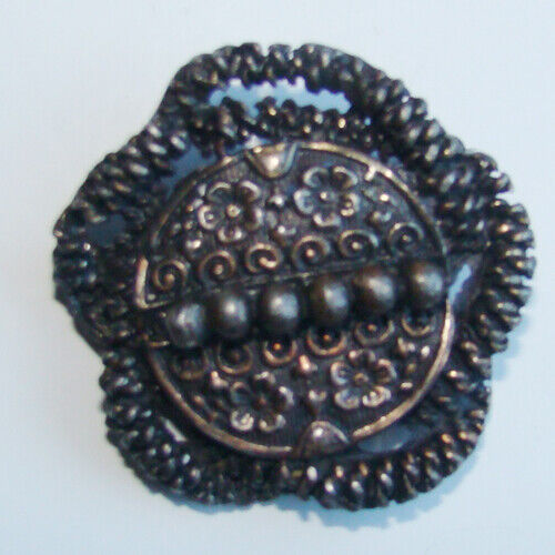 Vintage Brooch made from B. BLUMENTHAL & CO., Inc.