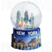 New York Snow Globe