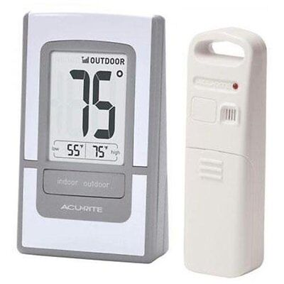Acurite Digital Indoor   Outdoor Thermometer 00425   Celsius  Fahrenheit Reading