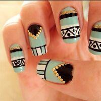 Fêtes enfants adolescents party filles manucure ongles nail art