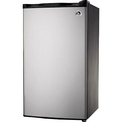 Igloo 3.2 Cu Ft Mini Fridge - Brief Refrigerator/Freezer, Platinum - FR322