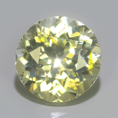 1.10 Ct NATURAL SPARCLING GROSSULAR MALIGARNET 6.2 MM-REF VIDEO