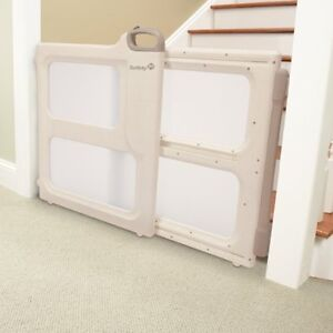 Safety 1st Style Perfect Fit Gate - very good condition West Island Greater Montréal image 2