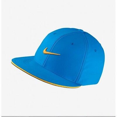 4fe9f6df6f9f5 Nike Golf True Tour Snapback Flat Bill 406 Photo Blue Varsity Maize Unisex