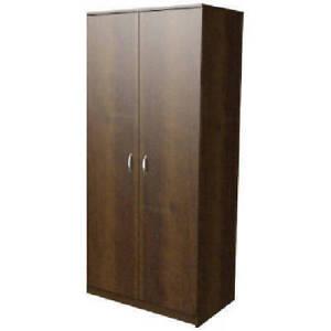 armoire brune
