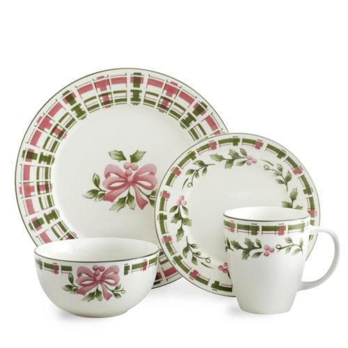 best christmas dinnerware set with christmas dinnerware  sc 1 st  thisnext.us & Christmas Dinnerware. Cool If Youure Just Beginning To Collect ...