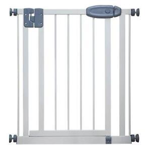 Narrow Safety Gate