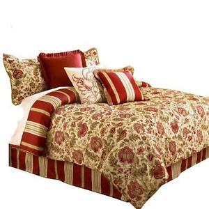 Captivating Waverly Queen Bedding