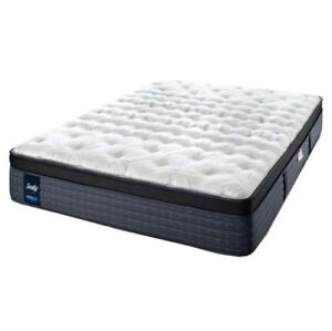 Sealy Matress queen size firm open box brand new half price