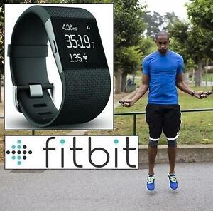 USED* FITBIT SURGE FIT TRACKER SM - FITNESS - BLACK - SPORTS  OUTDOORS - SMALL 109098348