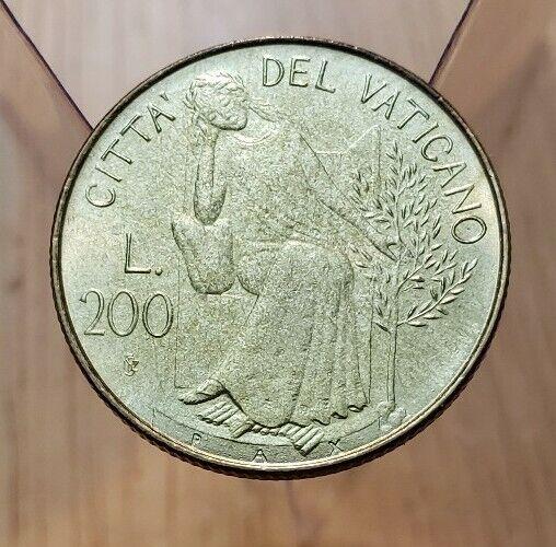 1980 (UNC) II Vatican City 200 Lire John Paul II World Coin