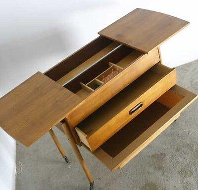 60er JAHRE SEWING BOX+VINTAGE+DESIGN+NÄHTISCH+NÄHKASTEN+DANISH TEAK OPTIK+ABLAGE
