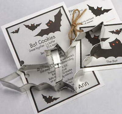 Ann Clark BAT & HALLOWEEN CAT  Tin Plated Steel Cookie Cutter DUO W/Recipes USA  - Halloween Biscuit Recipe