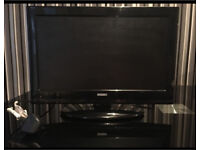 "Black 19"" Digihome Flat screen TV"