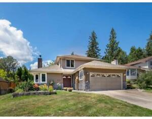 BEAUTIFUL HOME IN ONE OF THE BEST NEIGHBOURHOODS IN SQUAMISH